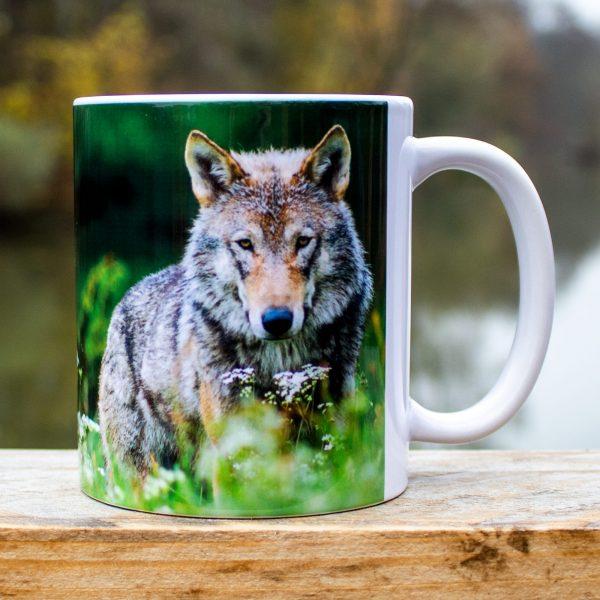 hrnek s obrázkem-vlk