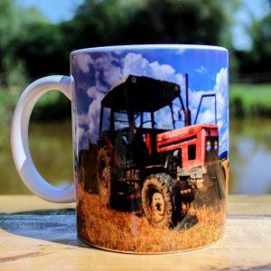 Hrnek - Traktor starší
